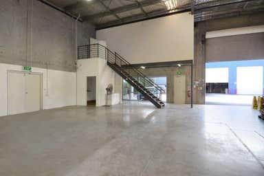 4/11 Breene Place Morningside QLD 4170 - Image 3