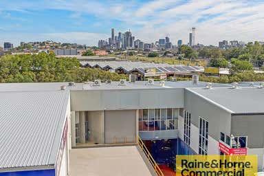 2/18-28 Bimbil Street Albion QLD 4010 - Image 3