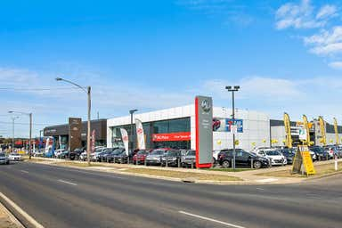 Peter Stevens Auto Dealerships, 615 Creswick Road (Midland Hwy) Ballarat Central VIC 3350 - Image 4