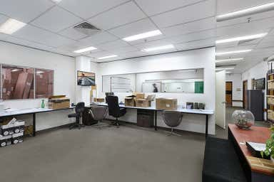 1/75 Henderson Street Turrella NSW 2205 - Image 3