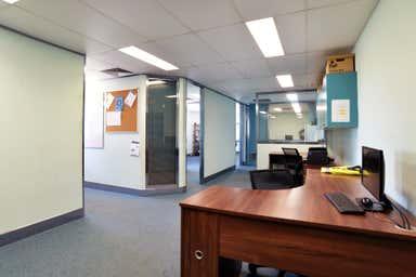 5/50 Secam Street Mansfield QLD 4122 - Image 4
