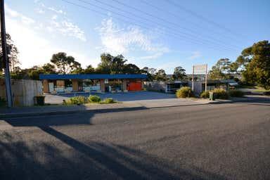6 Roberts Road Hackham West SA 5163 - Image 4