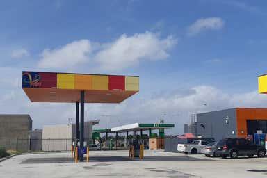 35 Blackburn Drive Port Kennedy WA 6172 - Image 3