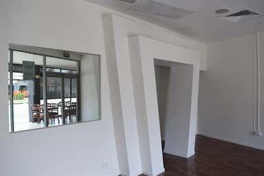 Shop 5, 37 Musgrave Avenue Labrador QLD 4215 - Image 4