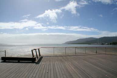 4/95-105 Esplanade Cairns City QLD 4870 - Image 4