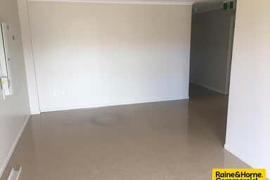 19 Spencer Street Harristown QLD 4350 - Image 3