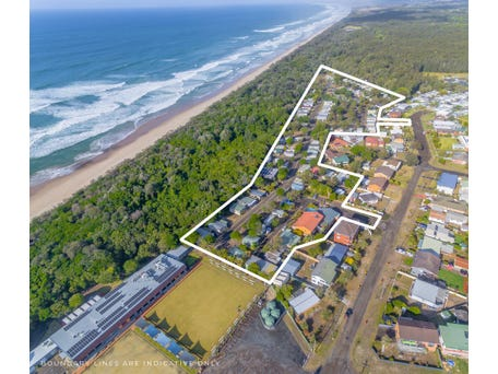 EAST'S OCEAN SHORES, 32 Manning Street, Manning Point, NSW 2430
