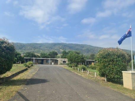 Murrurundi, address available on request