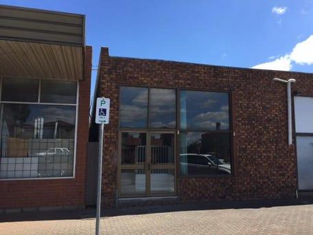 52 McKenzie Street, Melton, Vic 3337