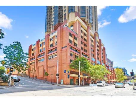 Quay West, 201/111 Harrington Street, Sydney, NSW 2000