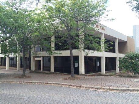 Unit 2, 39 Geils Court, Deakin, ACT 2600