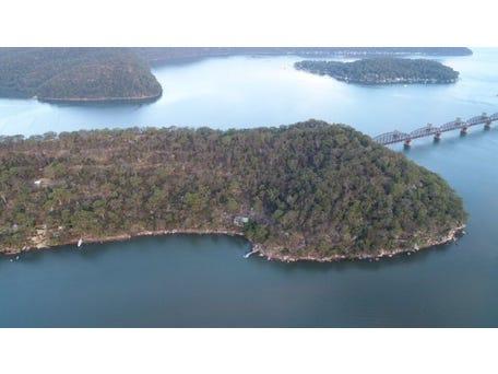 1 Cogra Point Retreat, Cogra Bay, NSW 2083