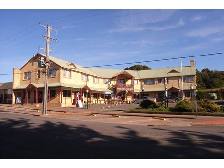 Parers King Island Hotel, 7-9 Main Street, Currie, Tas 7256