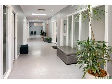 Unit  4, 60 Garran Place, Garran, ACT 2605