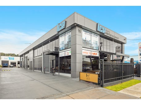 98 Auburn Street, Wollongong, NSW 2500
