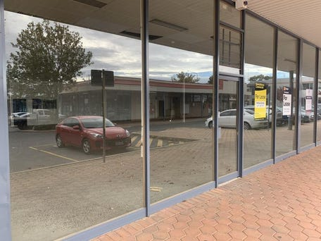 TUGGERANONG SQUARE, 3, 4 and 5, 310 Anketell Street, Greenway, ACT 2900