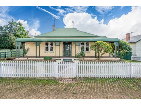 12 Pitt Street, Singleton, NSW 2330