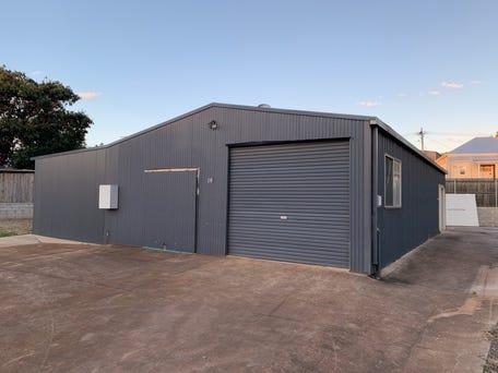 14 Inter Street, North Toowoomba, Qld 4350