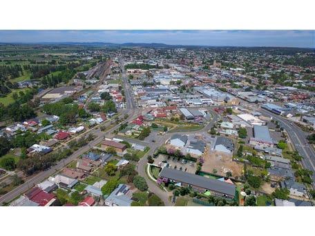 17 Fenwick Crescent, Goulburn, NSW 2580