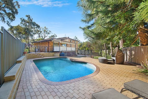 5 Janelle Close, Umina Beach, 2257, Central Coast - House / LARGE FAMILY RESIDENCE IN A PEACEFUL LOCATION!! / Garage: 2 / $830,000