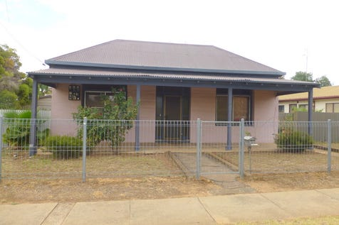 2 Welcome Street, Parkes, 2870, Central Tablelands - House / Welcome St / Garage: 2 / Toilets: 1 / $157,000