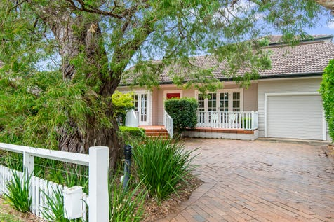 """43 Myola Road, Newport, 2106, Northern Beaches - House / Big """"Beach House"""" with a White Picket Fence - 350m Level Walk to the Surf & Rockpool / Swimming Pool - Inground / Garage: 1 / Study / P.O.A"""
