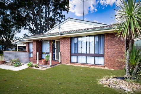 17 Gymea Crescent, Mannering Park, 2259, Central Coast - House / WANTING HOME/BUSINESS, HOBBY OR SEPARATE FLAT POTENTIAL? / Balcony / Carport: 1 / Garage: 4 / Secure Parking / Air Conditioning / Toilets: 2 / $490,000