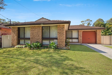 80 Chittaway Rd, Chittaway Bay, 2261, Central Coast - House / ENTRY LEVEL FAMILY HOME ! / Fully Fenced / Carport: 1 / Garage: 1 / Open Spaces: 1 / Secure Parking / Built-in Wardrobes / Dishwasher / Ensuite: 1 / $565,000