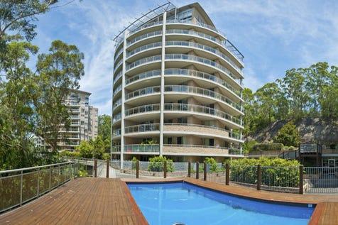 212/80 John Whiteway, Gosford, 2250, Central Coast - Unitblock / Resort Style Living / Garage: 1 / P.O.A