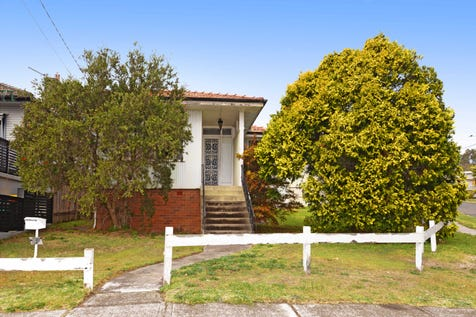 27 Woomera Road, Little Bay, 2036, Eastern Suburbs - House / RENOVATE OR RE-CREATE, THE CHOICE IS YOURS!! / Garage: 2 / Floorboards / $1,525,000