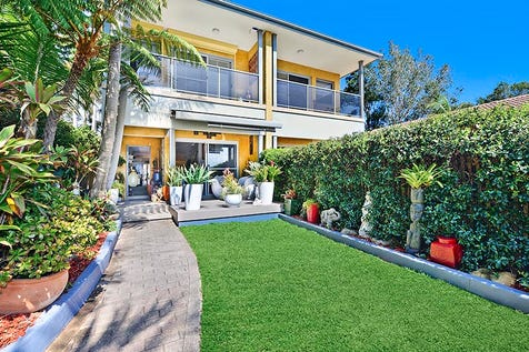 5a Whale Beach Road, Avalon Beach, 2107, Northern Beaches - Townhouse / Vendors Instructions to Sell / Balcony / Courtyard / Deck / Fully Fenced / Outdoor Entertaining Area / Garage: 1 / Open Spaces: 1 / Remote Garage / Secure Parking / Air Conditioning / Built-in Wardrobes / Dishwasher / Intercom / Workshop / $1,350,000