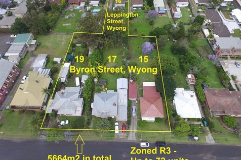 16 Leppington St, Wyong, 2259, Central Coast - House / 5664m2 R3 Large Development Site 4 Properties- Wyong Station / Garage: 1 / $4