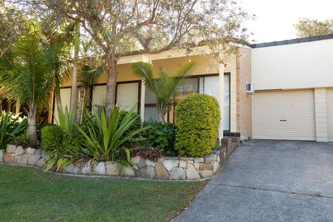 6/77 Ruttleys Road, Wyee, 2259, Central Coast - House / STROLL TO THE WATER'S EDGE / Garage: 1 / Secure Parking / Air Conditioning / Toilets: 1 / $310,000