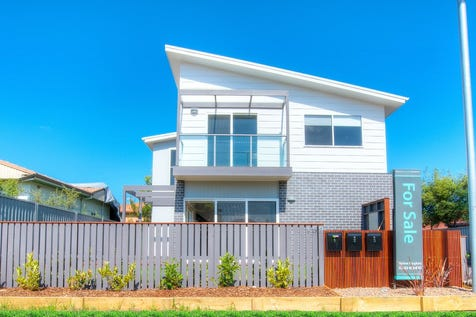 152 Barrenjoey Road, Ettalong Beach, 2257, Central Coast - Townhouse / Beachside location, new construction stunning free standing townhouse / Courtyard / Deck / Garage: 2 / Air Conditioning / Built-in Wardrobes / Dishwasher / Living Areas: 1 / Toilets: 3 / P.O.A
