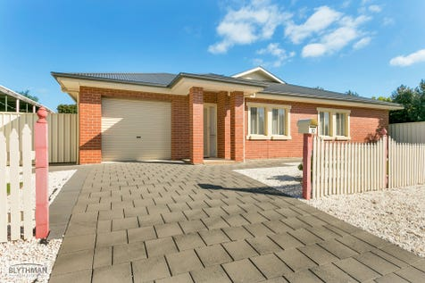 10 Wilton Street, Campbelltown, 5074, Eastern Adelaide - House / SOLD, Awaiting Settlement! Call Karen Vial Blythman on 0438 700 533. / Fully Fenced / Outdoor Entertaining Area / Garage: 1 / Open Spaces: 1 / Remote Garage / Secure Parking / Built-in Wardrobes / Ducted Cooling / Ducted Heating / Toilets: 2 / P.O.A
