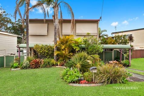 3 Huene Avenue, Halekulani, 2262, Central Coast - House / Character and Charm / Swimming Pool - Inground / Garage: 2 / $500,000