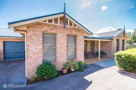 7/12 Denison Street, Mudgee, 2850, Central Tablelands - House / BEST OF BOTH WORLDS! / Garage: 1 / Secure Parking / Air Conditioning / P.O.A