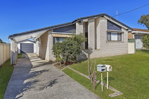 48 Cunningham Road, Killarney Vale, 2261, Central Coast - House / HOUSE + GRANNY FLAT ON 556SQM / Garage: 1 / P.O.A