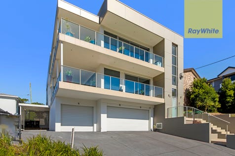 1/18 Campbell Crescent, Terrigal, 2260, Central Coast - Apartment / Luxury & Convenience / Balcony / Carport: 1 / Garage: 1 / Secure Parking / Air Conditioning / Alarm System / P.O.A