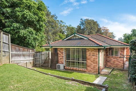 1/235 Avoca Drive, Green Point, 2251, Central Coast - House / Beautiful Single Level Duplex / Garage: 1 / Living Areas: 1 / Toilets: 2 / $460,000