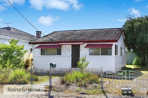 38 Pacific Avenue, Ettalong Beach, 2257, Central Coast - House / PACIFIC PERFECTION / $650,000