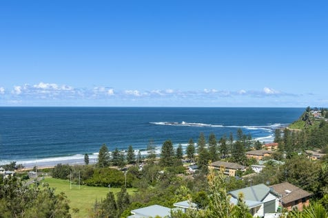 71 Hillside Road, Newport, 2106, Northern Beaches - House / Ultimate beach lifestyle with inspirational ocean views    / Garage: 2 / Air Conditioning / Toilets: 5 / P.O.A