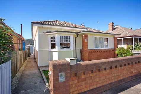 37 Academy Street, Lithgow, 2790, Central Tablelands - House / VINTAGE INFLUENCES - SOUGHT AFTER LOCATION / Garage: 1 / $319,000