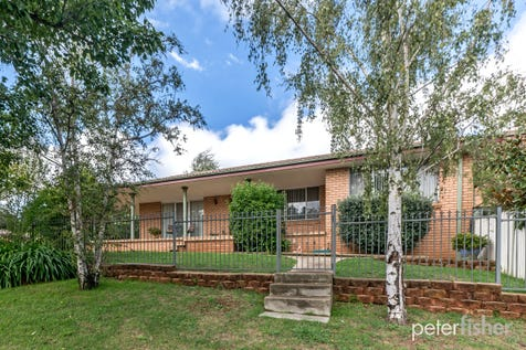 17 Anson Street, Orange, 2800, Central Tablelands - House / Beautifully Elevated / Carport: 1 / Garage: 1 / Toilets: 2 / $379,000
