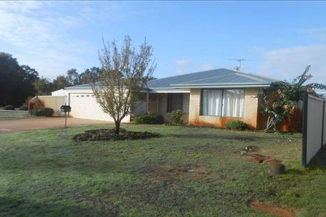 1 Driftwood Way, Bennett Springs, 6063, North East Perth - House / This is Value! / Garage: 2 / Toilets: 2 / $410,000