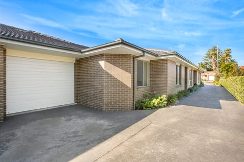 2/2 Holmes Avenue, Toukley, 2263, Central Coast - Townhouse / Beautifully Modern Villa / Garage: 1 / Air Conditioning / Toilets: 2 / P.O.A