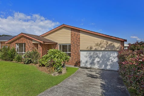 66 Rotherham Street, Bateau Bay, 2261, Central Coast - House / Enviable Family Living / Garage: 2 / $599,000