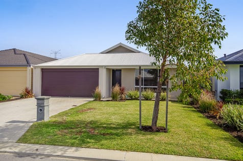 8 Eolian Loop, Dayton, 6055, North East Perth - House / 4 bedroom house / Fully Fenced / Carport: 2 / Remote Garage / Air Conditioning / Broadband Internet Available / Built-in Wardrobes / Dishwasher / Ensuite: 1 / Living Areas: 2 / $450,000