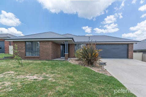 22 Catania Street, Orange, 2800, Central Tablelands - House / Make Your Mark / Garage: 2 / Air Conditioning / Toilets: 2 / $419,000