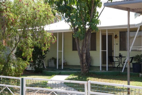 10 Carrington St, South Kalgoorlie, 6430, East - House / WHY PAY RENT? / Carport: 1 / $249,000